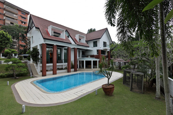 Rare bungalow at Woollerton Park for sale at $26.8 mil - EDGEPROP SINGAPORE